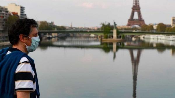 فرنسا تلغي إلزامية وضع الكمامات في الخارج وحظر التجول