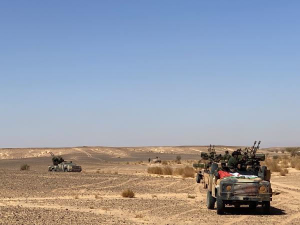 """البوليساريو والجزائر يفشلان في تسويق اندلاع حرب """"وهمية"""" بين الجبهة والمغرب وتقارير الوفد الصحافي الأجنبي تفضحهما"""