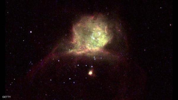 """علماء الفلك يحذرون: الثقب الأسود العملاق يزداد """"جوعا وشراهة"""""""