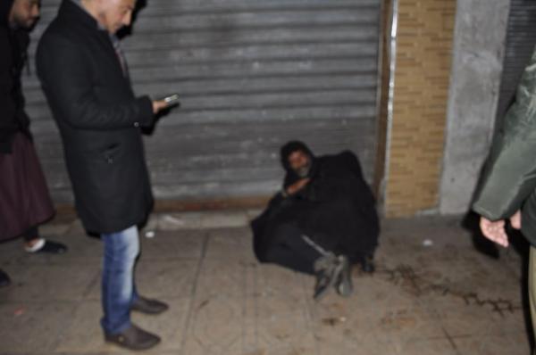 ربورطاج بالصور:السلطات المحلية بالقنيطرة تطلق حملة لإيواء المتشردين بسبب موجة البرد