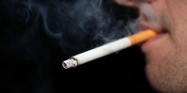 فيروس كورونا والتدخين: ماذا تقول وزارة الصحة المغربية؟