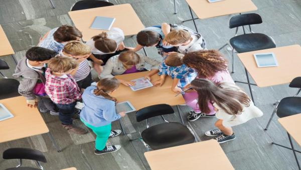 كيف تنتشر الأمراض بين التلاميذ وكيف تقي طفلك منها؟
