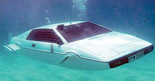 """وأخيرا: حلم """"السيارة الغواصة"""" يقترب من التحقق"""