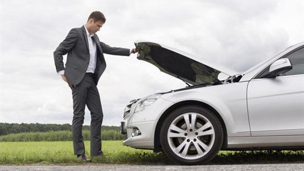 5 علامات تحذرك بوجود أعطال في السيارة .. تعرف عليها