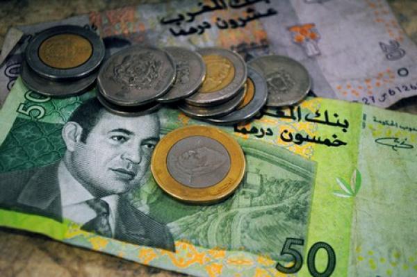 تراجع قيمة الدرهم مقابل الأورو