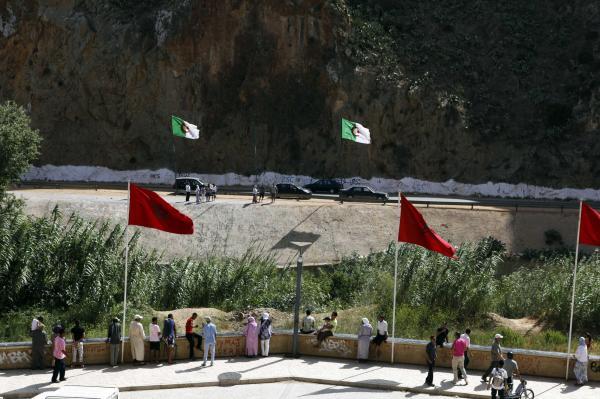 إلى أين تتجه العلاقات بين المغرب والجزائر بعد المبادرة الملكية العاقلة والشجاعة؟