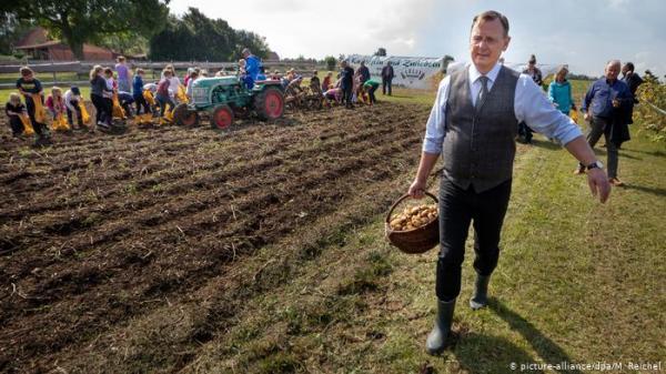 كيف يتم التعامل مع إهدار أطنان من المحاصيل الزراعية في ألمانيا؟