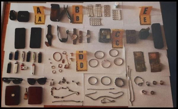 تفاصيل القبض على عصابة مختصة في سرقة أثرياء الرباط (صور)