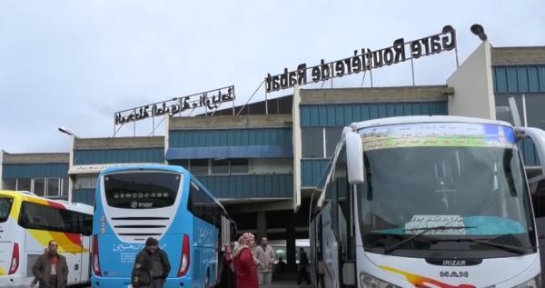 أرباب حافلات بالقامرة يعلنون إفلاسهم بعد انتعاش حملات covoiturage على وسائل التواصل الاجتماعي