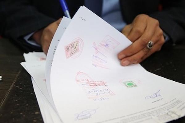 هام للمغاربة... الداخلية توضح حول العمل بتصحيح الإمضاء والإشهاد على مطابقة النسخ لأصولها بالجماعات الترابية