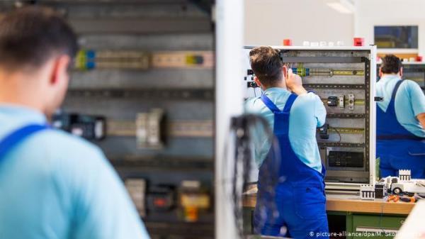 """ألمانيا تطلق حملة لكسب اليد العاملة الأجنبية وتسهيل منحهم """"الفيزا"""""""