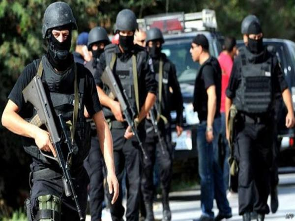 """مقتل عنصر """"إرهابي"""" في تبادل لإطلاق النار مع الشرطة شرق القاهرة"""