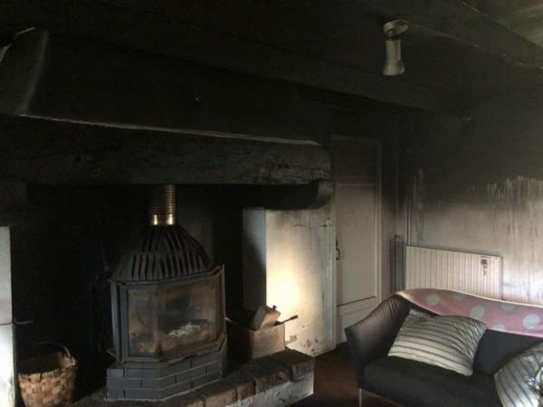 إضرام النار في منزل رئيس مجلس النواب الفرنسي وهذا رد فعل الرئيس ماكرون