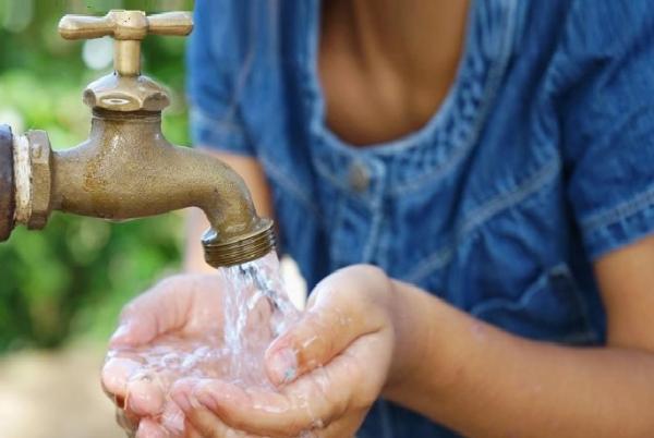 قطع الماء الشروب عن عدد من الجماعات المحيطة بمراكش يخلف غضبا لدى الساكنة