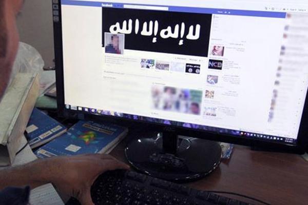 """اعتقال شاب """"متطرف"""" بكلميم يستعين ببرامج الكترونية لتمجيد """"داعش"""""""