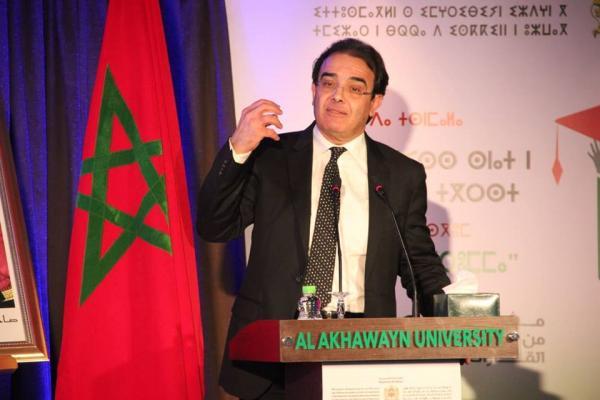 """""""بنعتيق"""" يعلن رسميا عن انطلاق برنامج الجولات المسرحية لفائدة مغاربة الخارج"""