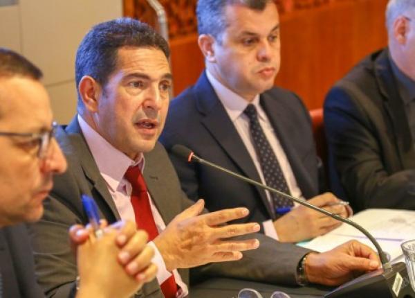 إلغاء جلسة الحوار المرتقبة بين وزارة أمزازي و النقابات