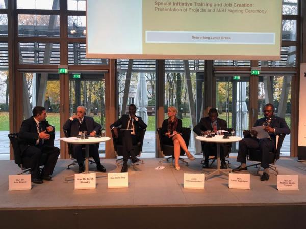 """""""أمزازي"""" يشارك في المنتدى الألماني الإفريقي حول التكوين المهني والتربية"""