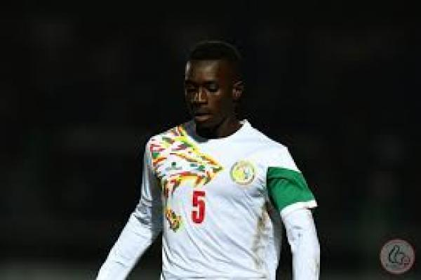 باريس سان جيرمان يستعد لإكمال إجراءات التعاقد مع السنغالي جاي
