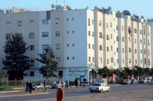 """بالفيديو: برلماني يفضح شركات العقار..السكن الاقتصادي """"يمص"""" دماء المغاربة وثمنه الحقيقي 15 مليون سنتيم"""