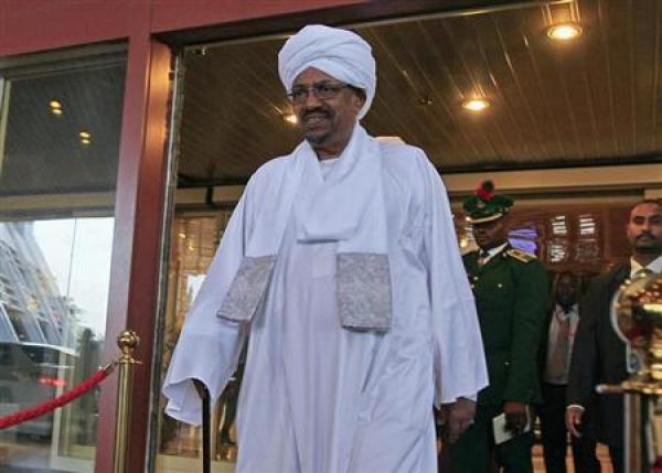 العثور على مبالغ مالية ضخمة في منزل الرئيس السوداني المعزول عمر البشير