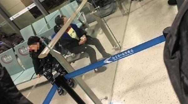 صينيان يهجران ابنيهما في المطار بعد الاشتباه بإصابة أحدهما بكورونا