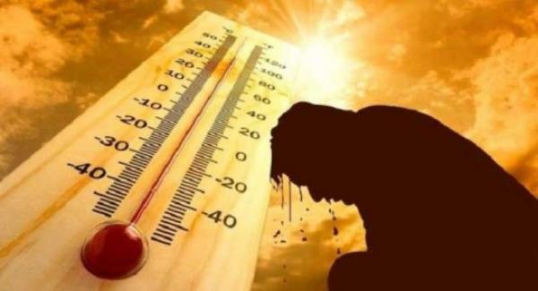 """بالأرقام: درجة """"الحرارة"""" تبلغ مستويات قياسية بعدد من مدن المملكة سجلت أعلاها بـ """"مراكش"""" (الصور)"""