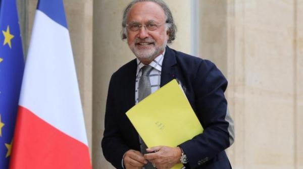 """مقتل الملياردير والسياسي الفرنسي """"أوليفييه داسو"""" في حادث مروحية"""