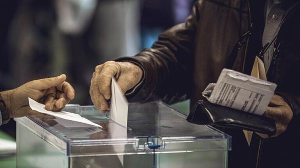 قرية إسبانية تسجل رقما قياسيا بسرعة الاقتراع في الانتخابات