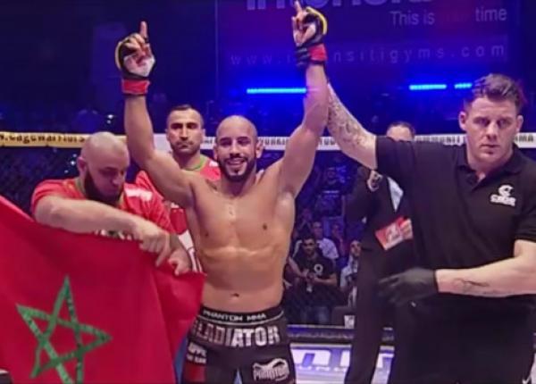 """عاجل .. البطل المغربي """"أبو زعيتر"""" يُطيح بالبرازيلي """"فيتور ميراندا"""" في أول ظهور ضمن منافسات """"UFC"""""""