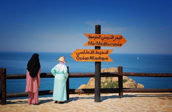 """بسبب أزمة """"كورونا""""...هل ستقدم الوحدات الفندقية على تخفيض أسعارها لجلب السياح المغاربة الذين كانوا يفضلون الخارج؟"""