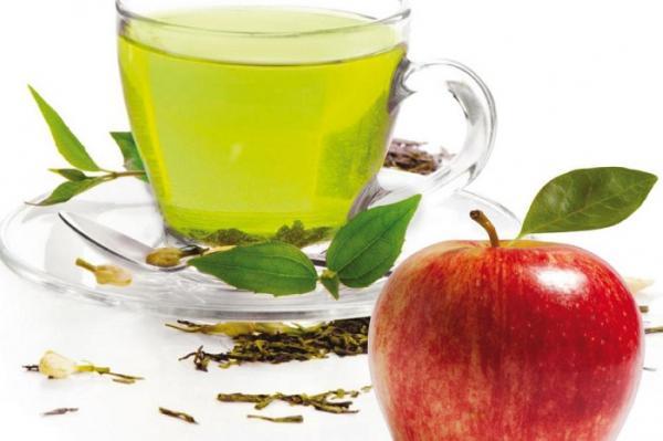 تناول التفاح والشاي يوميا يحمي من أمراض السرطان والقلب
