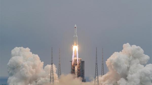 مركز أبحاث أميركي يتوقع دخول حطام الصاروخ الصيني الغلاف الجوي بهذا التوقيت