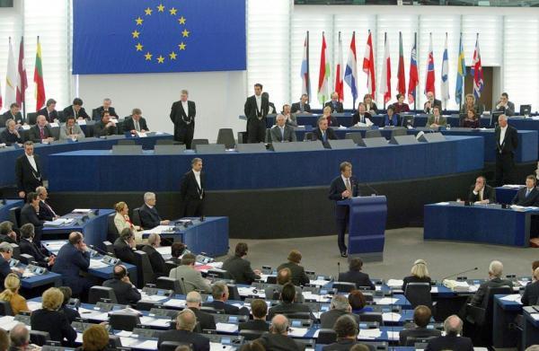 """البرلمان الأوروبي ينظر رسميا في قضية اختلاس المساعدات من قبل """"البوليساريو"""" والجزائر"""
