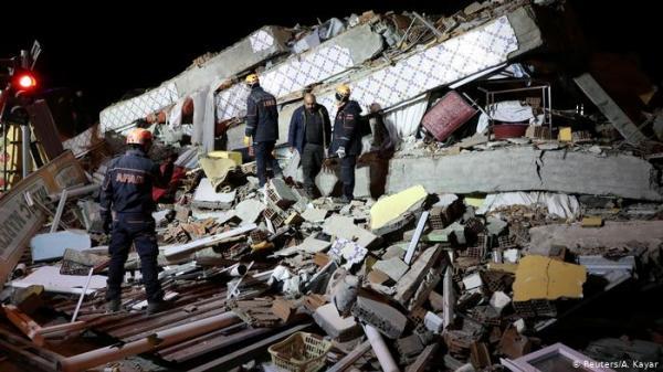 زلزال مدمر يضرب تركيا ويخلف عشرات القتلى ومئات المصابين