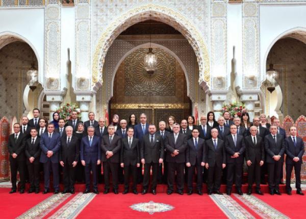 حركة غير عادية داخل مقر رئاسة الحكومة والإعلان عن التشكيلة الحكومية الجديدة خلال ساعات