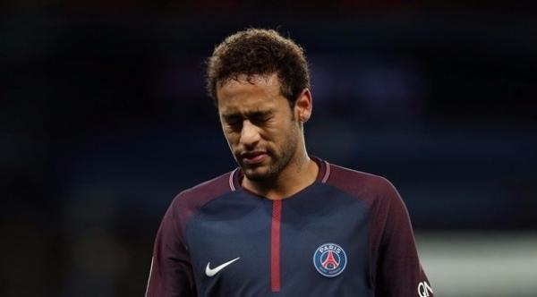 نيمار يتغيب عن حضور جلسة قضيته ضد برشلونة