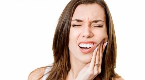 ما هو صرير الأسنان وما هي أسبابه؟