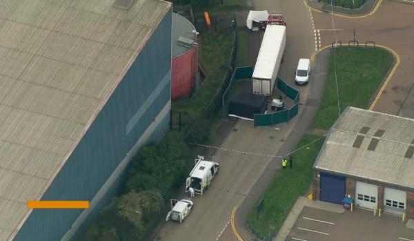 بريطانيا:  العثور على 39 جثة في مقطورة شاحنة قادمة من بلغاريا