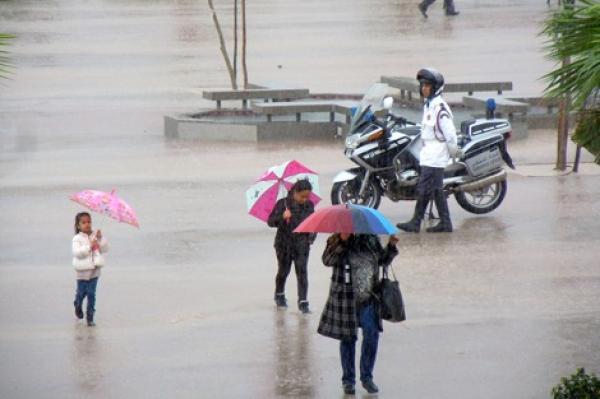 استعدوا...تغير جذري في الحالة الجوية بالمغرب بعد عدة أشهر من الشمس والحرارة