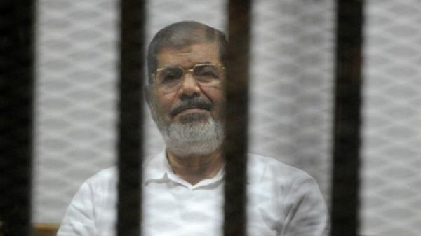 """وفاة الرئيس المصري السابق """"محمد مرسي"""" أثناء محاكمته اليوم"""