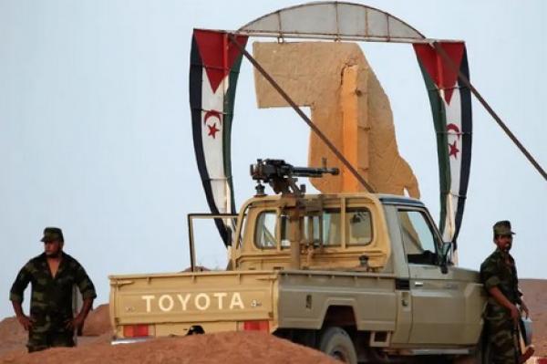 رغم الأزمة الاقتصادية الخانقة...عسكر الجزائر يقدم هبات عسكرية لمرتزقة البوليساريو من أموال الشعب