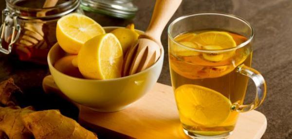 فوائد الماء الدافئ مع الليمون على الريق