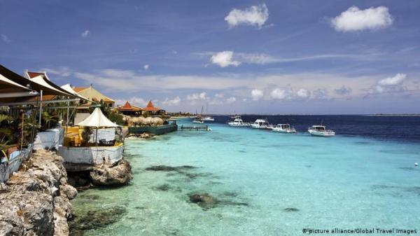في زمن كورونا.. السكن في جزر الكاريبي والعمل في أوروبا!