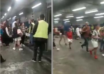 بسبب إضراب عمال نقل الأمتعة بمطار محمد الخامس..مسافرون ينزلون لمكان الفرز لأخذ حقائبهم