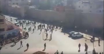 مواجهات بالحجارة بين فصائل كروية بمدينة سلا
