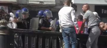 متظاهرون في الجزائر يطالبون البرلمان بعدم تبني قانون المحروقات الجديد