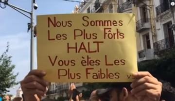 الجزائريون يواصلون حراكهم الشعبي للجمعة الـ31 وسط إجراءات أمنية مشددة
