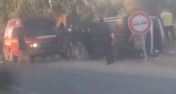 إصابة أزيد من 20 شخصا في إصطدام سيارة لنقل العمال وجرار نواحي جرسيف