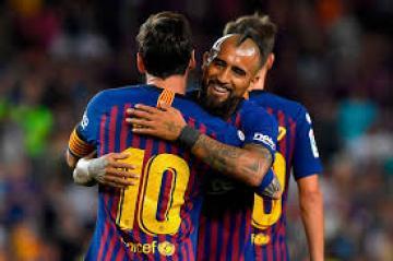 برشلونة يقترب من تجديد عقد فيدال